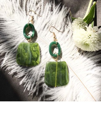Schöne Legierung Harz Frauen Art-Ohrringe (Set von 2)