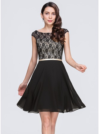 A-Line/Princess Scoop Neck Short/Mini Chiffon Lace Cocktail Dress