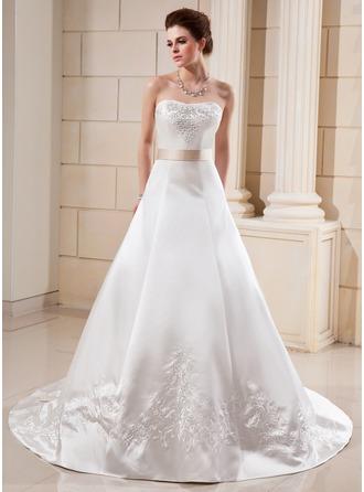 Corte A/Princesa Escote corazón Tren de la catedral Satén Vestido de novia con Bordado Fajas Bordado Lazo(s)