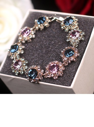 Unique Alloy With Rhinestone Women's Fashion Bracelets