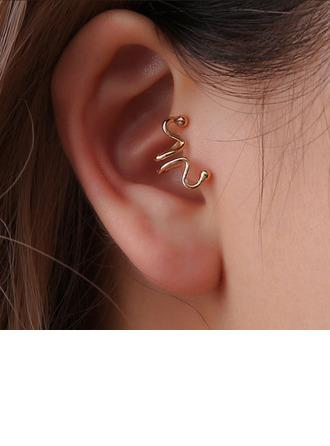 Unique Metal Women's Fashion Earrings (Sold in a single piece)