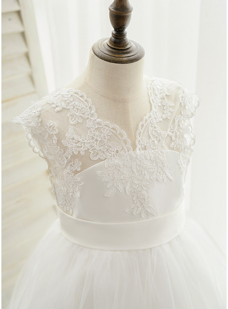 Ball-Gown/Princess Floor-length/Chapel Train Flower Girl Dress - Satin/Lace Sleeveless (Undetachable sash)