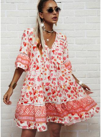 Blommig Print Shiftklänningar 3/4 ärmar Flare Ärm Midi Fritids Tunika Modeklänningar