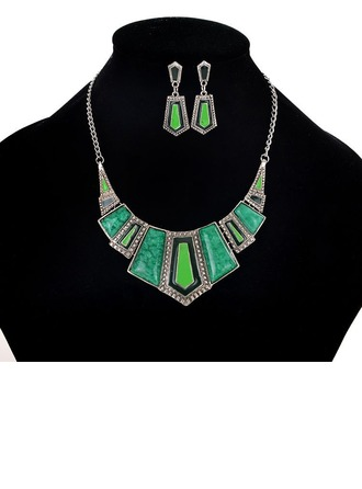 Alloy Women's Fashion Necklace (Sold in a single piece)