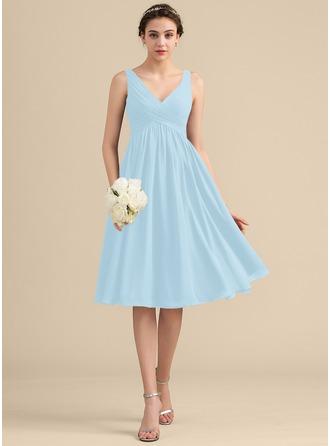 Empire Halter V-neck Knee-Length Chiffon Homecoming Dress With Cascading Ruffles