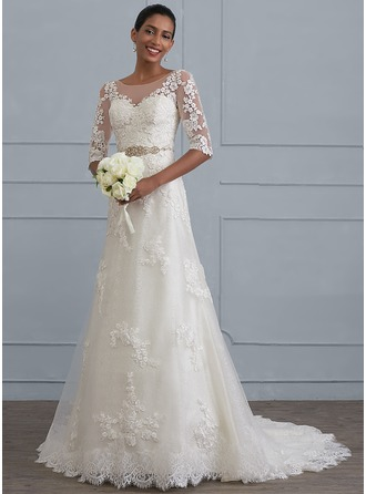 Sheath/Column Scoop Neck Court Train Lace Wedding Dress With Beading
