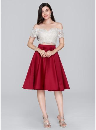 A-Line/Princess Off-the-Shoulder Knee-Length Satin Cocktail Dress