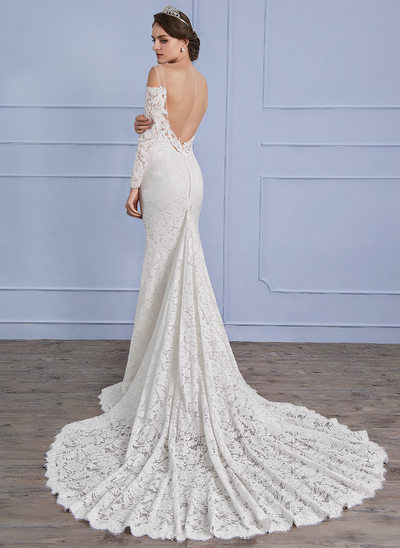 Sheath/Column Scoop Neck Chapel Train Lace Wedding Dress With Beading