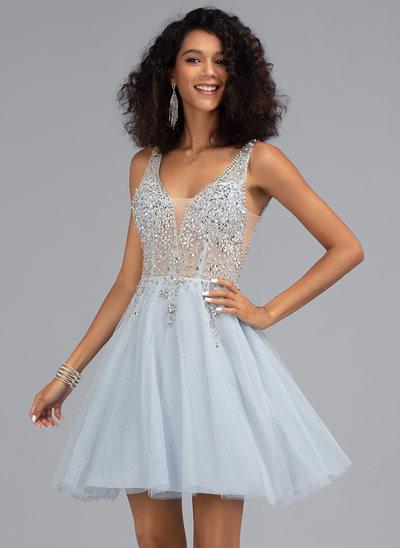 Corte A Decote V Curto/Mini Tule Vestido de boas vindas com Beading
