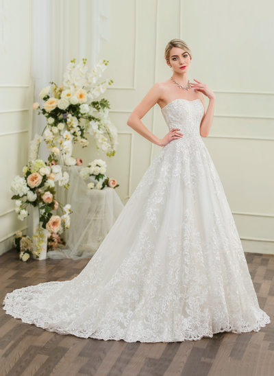 Ball-Gown Sweetheart Chapel Train Lace Wedding Dress