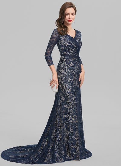 Sheath/Column V-neck Sweep Train Lace Evening Dress