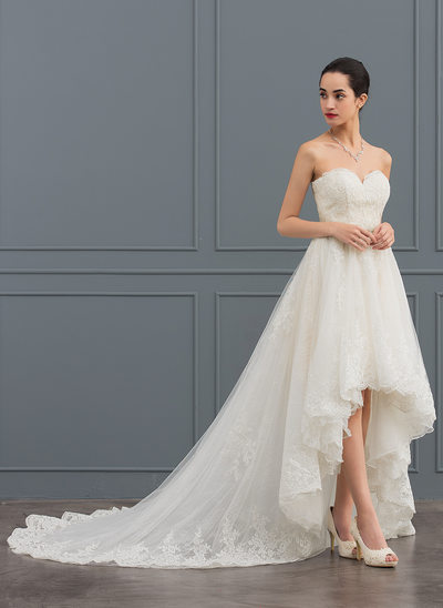 A-Line/Princess Sweetheart Asymmetrical Tulle Lace Wedding Dress With Beading