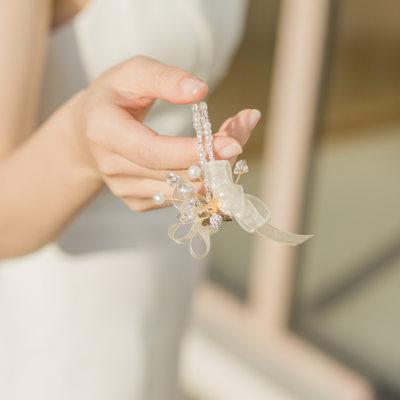 Bruidsmeisje Gifts - Sierlijke Legering Zijde Imitatie Parel Pols Corsage