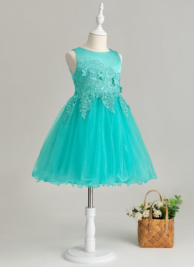 A-Line Knee-length Flower Girl Dress - Satin/Tulle/Lace Sleeveless Scoop Neck With Flower(s)