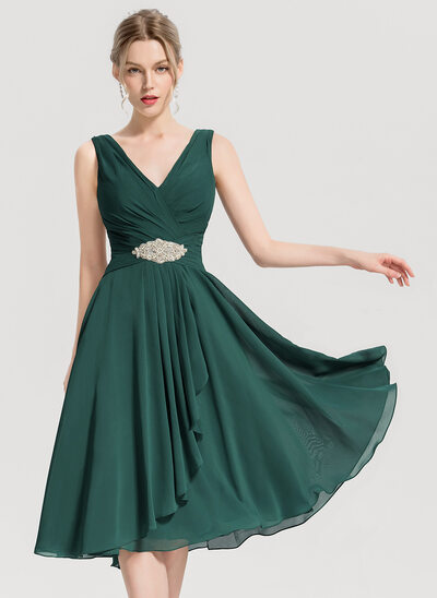 A-Line/Princess V-neck Knee-Length Chiffon Cocktail Dress With Beading Cascading Ruffles