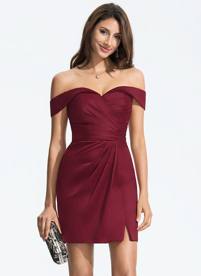 Jakke Off-shoulder Kort/Mini Satin Homecoming Kjole med Flæsekanter Splittet Front