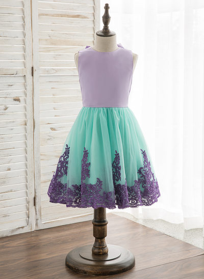 A-Line/Princess Knee-length Flower Girl Dress - Satin/Tulle/Lace Sleeveless Scoop Neck With Bow(s)/Back Hole