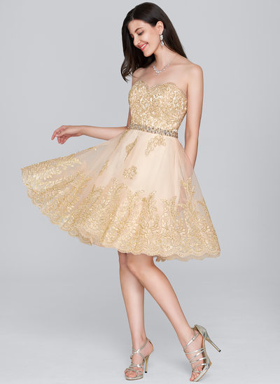 A-Line Sweetheart Knee-Length Tulle Lace Cocktail Dress With Beading Sequins