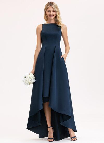 Aライン スクープネック 非対称 サテン ブライドメイドドレス とともに ポケット