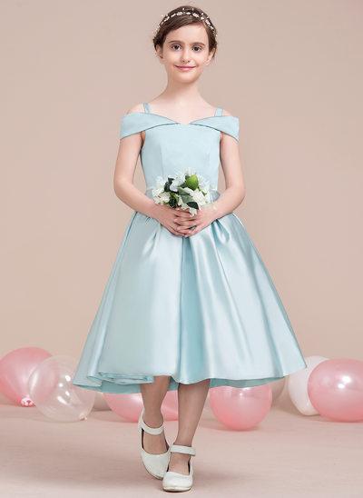 A-formet/Prinsesse Off-the-Shoulder Te-lengde Satin Brudepikekjole til tenåringer