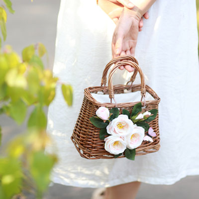 Bridesmaid Gifts - Eye-catching Silk Straw Handbag