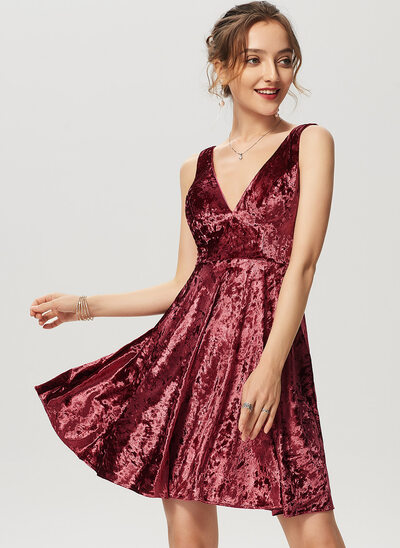 A-Line V-neck Short/Mini Velvet Cocktail Dress
