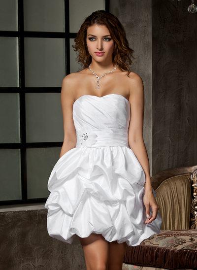 Forme Princesse Bustier en coeur Court/Mini Taffeta Robe de mariée avec Plissé Emperler Fleur(s)
