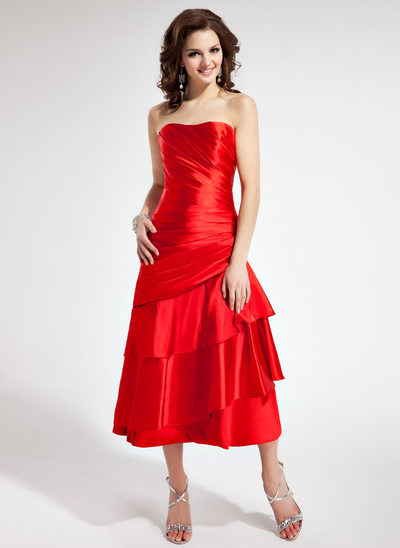 A-Line/Princess Sweetheart Tea-Length Charmeuse Homecoming Dress With Ruffle
