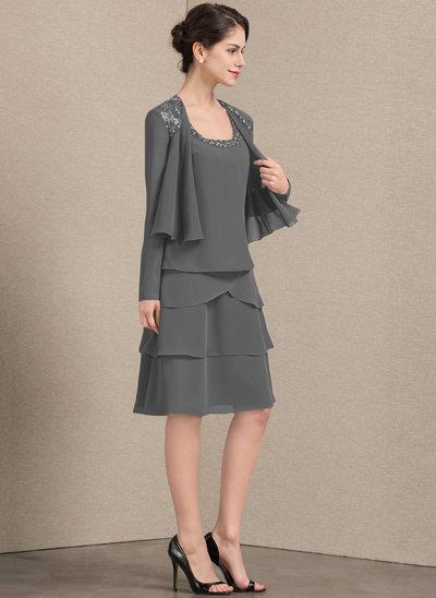 A-Linie Rechteckiger Ausschnitt Knielang Chiffon Kleid für die Brautmutter mit Perlstickerei Pailletten
