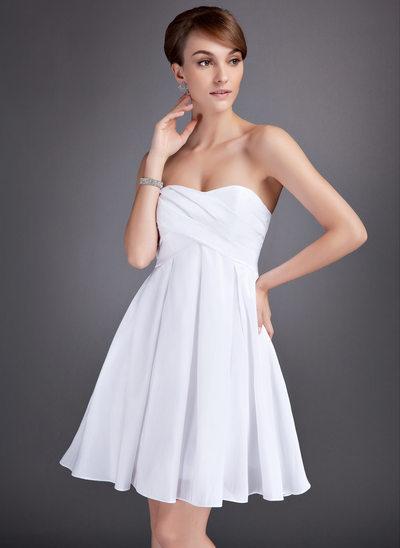 Empire Sweetheart Knee-Length Taffeta Homecoming Dress With Ruffle