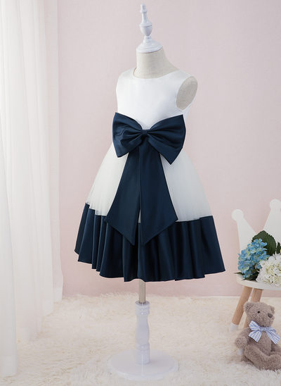 Plesové/Princesový Po kolena Flower Girl Dress - Satén/Tyl Bez rukávů Scoop Neck S Luk