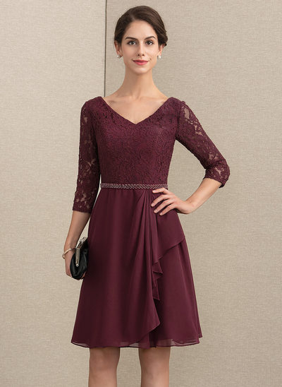 A-Line V-neck Knee-Length Chiffon Lace Cocktail Dress With Beading