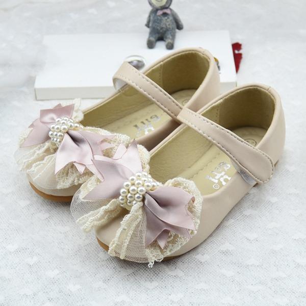 Jentas Lukket Tå Leather flat Heel Sandaler Flate sko Flower Girl Shoes med Imitert Perle Sateng Sløyfe Velcro