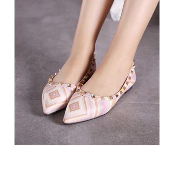 Frauen PU Flascher Absatz Flache Schuhe Geschlossene Zehe mit Niete Schuhe