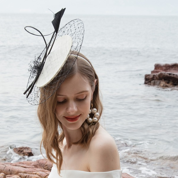 Dames Betoverend/Klassiek/Elegant/Romantische Batist met Feather/Tule Fascinators