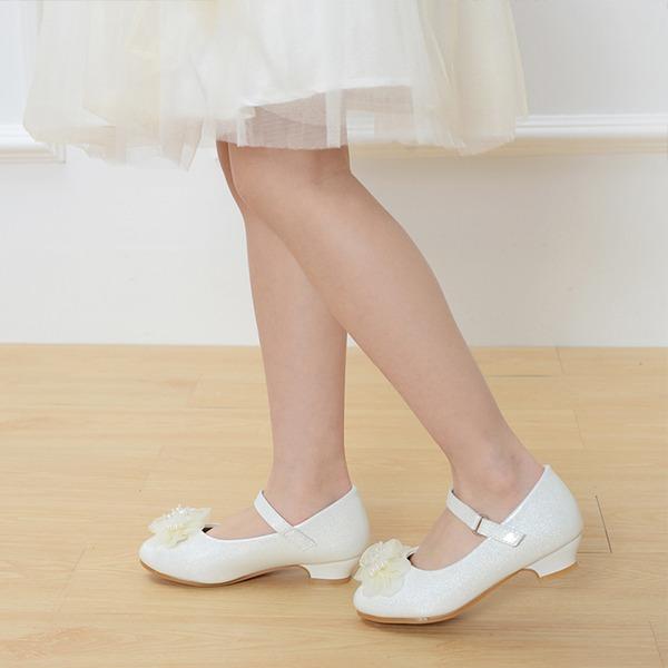 Mädchens Leder niedrige Ferse Round Toe Geschlossene Zehe Absatzschuhe mit Schnalle Satin Schleife