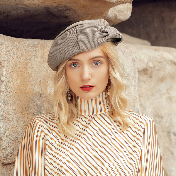 Ladies ' Elegant/Fancy Polyester med Bowknot Baret Hat