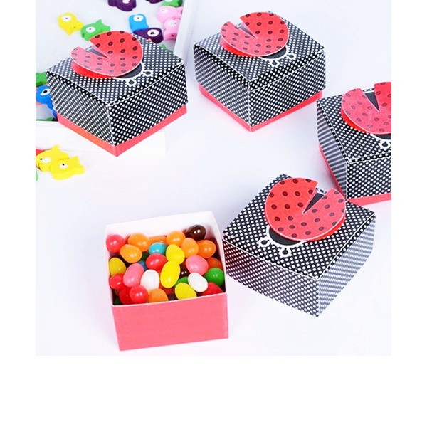 """Cute as a Bug"" 3-D Wing Ladybug Favor Box (Set of 12)"
