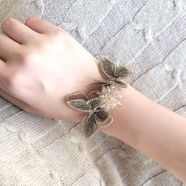 Delicate Hand-tied Rhinestone Wrist Corsage -