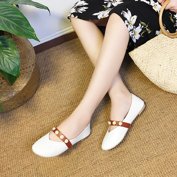 Women's PU Flat Heel Flats Closed Toe With Imitation Pearl shoes