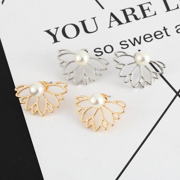 En forme de fleur Alliage De faux pearl avec Strass Femmes Boucles d'oreille de mode (Vendu dans une seule pièce)