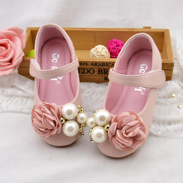 Pigens Round Toe Mary Jane Leatherette Flad Hæl Flower Girl Shoes med Imiteret Pearl Satinsløjfe Velcro