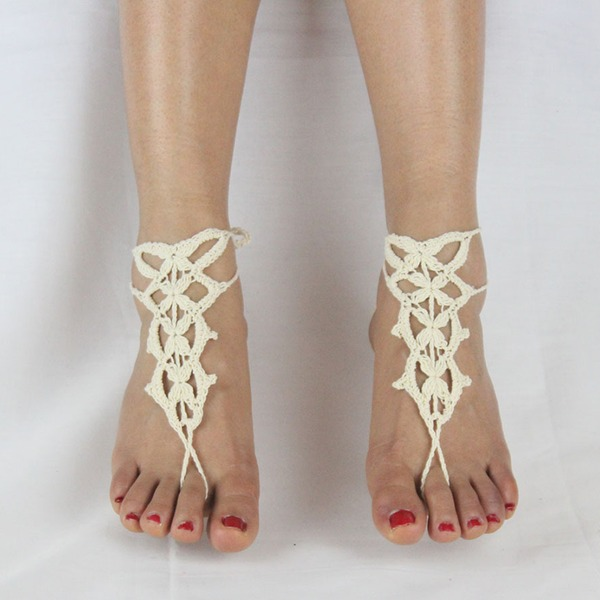 Lace (Sold in a single piece)
