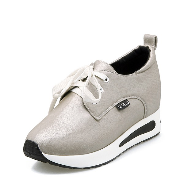 Vrouwen Satijn met Vastrijgen Sneakers & Sportschoenen