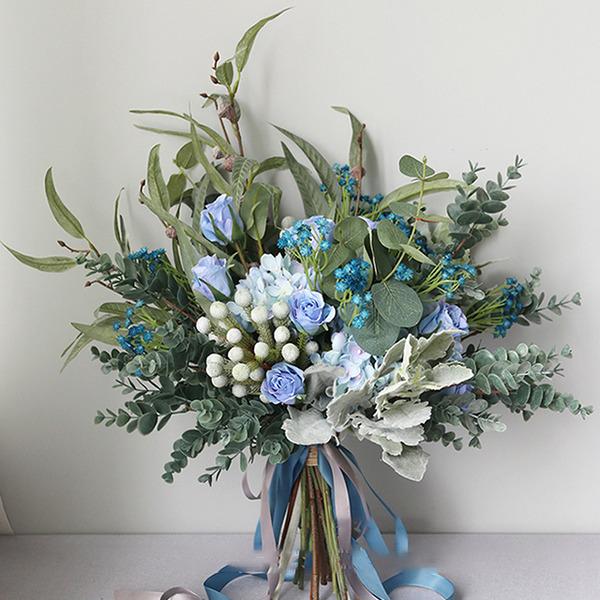 Güzel Serbest çalışma ipek Çiçek Gelin buketleri -