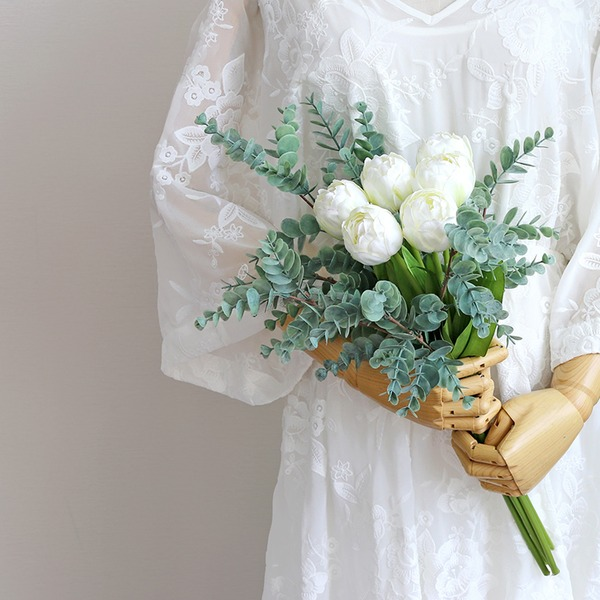 Free-Form Silk/Cloth Bridesmaid Bouquets -