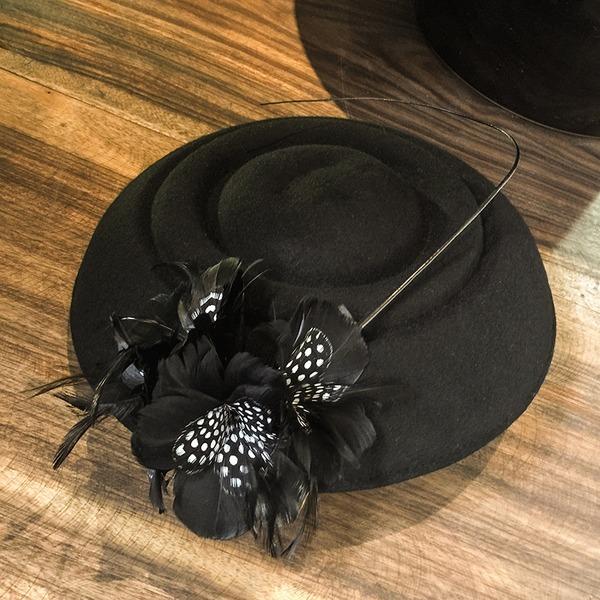 Dames Beau/Mode/Élégante/Gentil Coton avec Feather Béret Chapeau