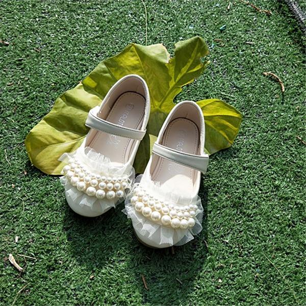 Fille de bout rond Bout fermé Cuir en microfibre talon plat Chaussures plates avec Velcro Une fleur