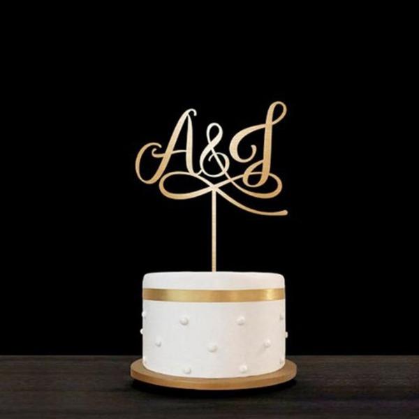 Personalizado Iniciais da noiva & do noivo Madeira Decorações de bolos