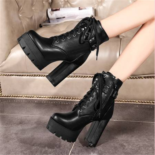 Women's PU Chunky Heel Martin Boots With Rivet Lace-up shoes